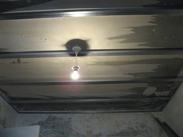 Демонтаж подвесных потолков своими руками фото 24