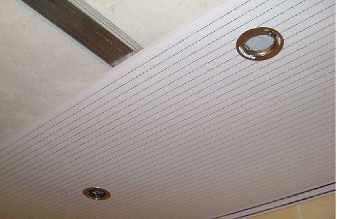Дизайн потолка из панелей пвх фото