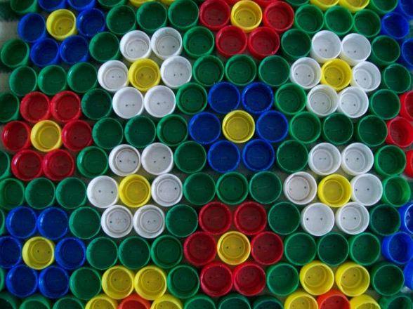 Коврики из крышек от пластиковых бутылок своими руками фото