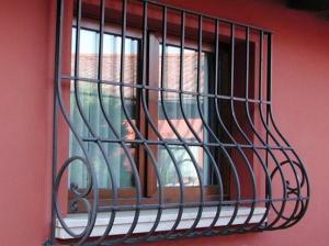 Решетки на окна кованные