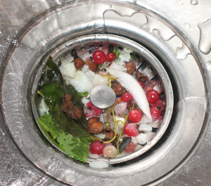 Прочистка канализации от засоров своими руками