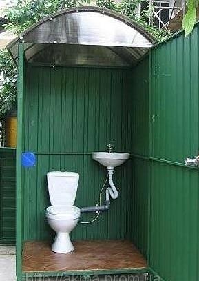 Туалет из профлиста для дачи