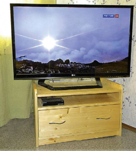 Тумба под телевизор своими руками. Инструкция по изготовлению с фото.