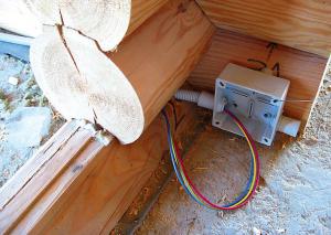 Прокладка проводов через дверной проем